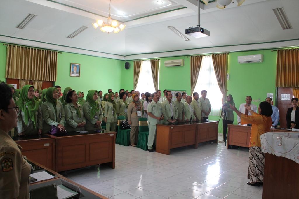 Akreditasi Rumah Sakit Umum Daerah Kota Yogyakarta Tahun 2015